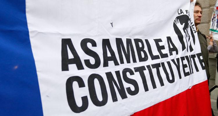 Asamblea Constituyente o Convención Constitucional: ¿Cuáles son las diferencias?