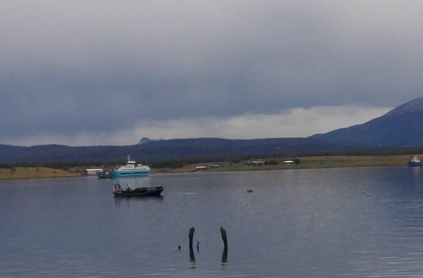 Crux Australis con 13 tripulantes a bordo en cuarentena