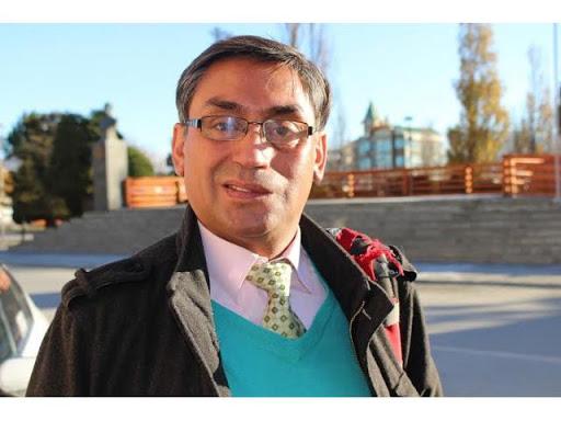 Concejal mediático. José Cuyul en sendas entrevistas señaló que estaba inscrito internamente como candidato a concejal y a alcalde por el Partido Socialista de Natales