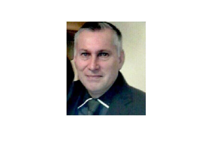 Ex funcionario de biblioteca pública de Natales busca ayuda legal luego que fuera desvinculado de su trabajo