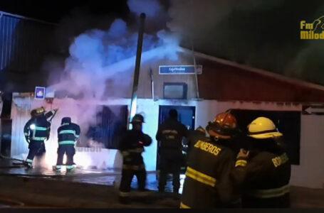 Incendió declarado a medianoche afectó a vivienda de Natales