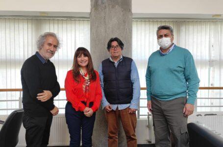 Municipalidad de Natales planifica campamento científico juvenil junto a académicos del proyecto Pacto Mundial de Jóvenes por el Clima